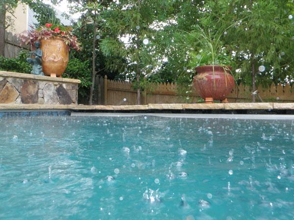 Rain in pool